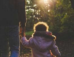 Pensión de alimentos para hijos mayores de edad